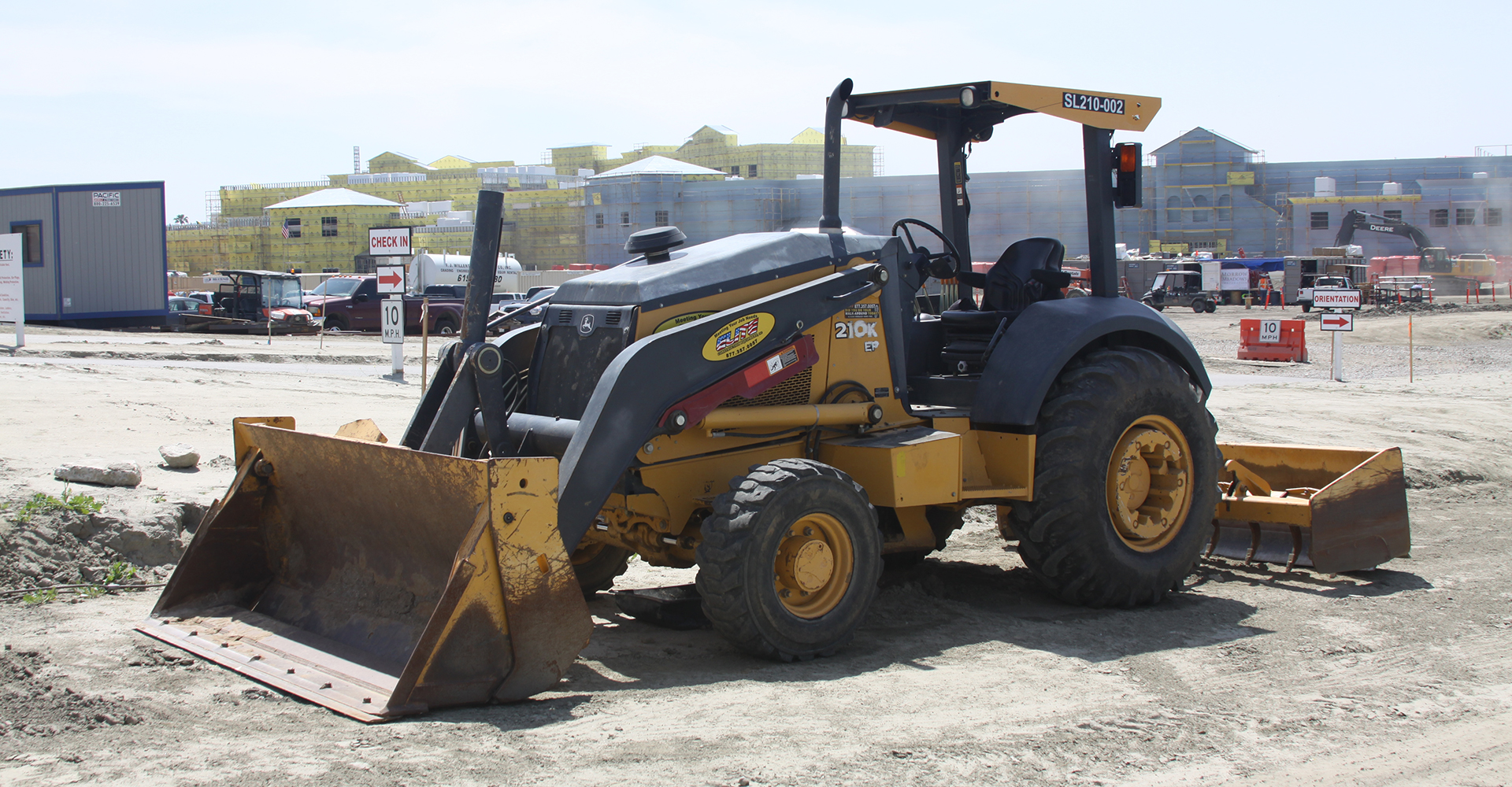Rent Construction Equipment in Artesia, Long Beach, Anaheim, San Diego, Palm Springs California